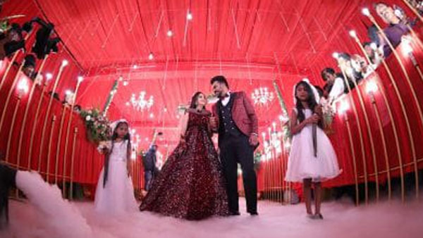 Pictures: Niveditha And Chandan Dazzle At Their Reception!