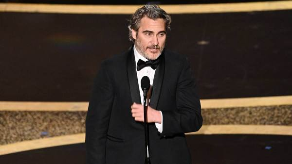 Oscars 2020: Watch Joaquin Phoenix Quote His Late Brother In Acceptance Speech
