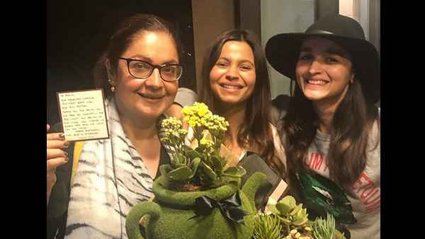 Birthday Girl Pooja Bhatt Poses For A Happy Picture With Sisters Alia & Shaheen