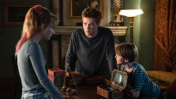 Locke & Key Review: Twitterverse Has Fallen For The Netflix's New Show