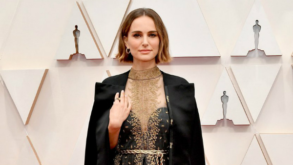 Oscars 2020: Natalie Portman Wears Cape With Names Of Oscar-snubbed Female Directors