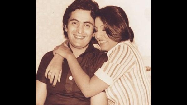 Neetu Kapoor's Throwback Picture With Rishi Kapoor Spells Love In Bold!