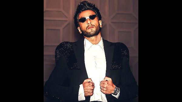 Fan Creates Ranveer Singh Anthem, Bowls Him Over!