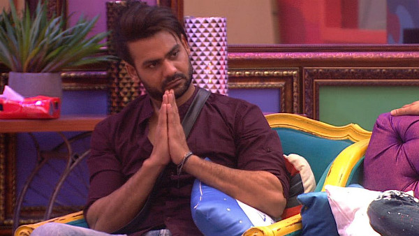 Also Read: BB 13: Voting Lines For Vishal Aditya Singh Close 3 Hours Before Other Contestants; Fans Furious!