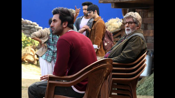 Amitabh Bachchan Says He Needs 4 Chairs To Keep Up With Ranbir Kapoor's Enormous Talent