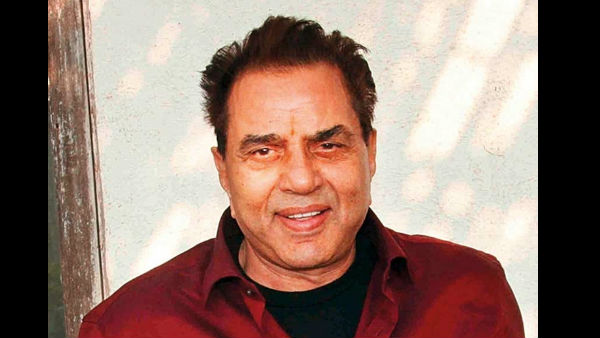 Dharmendra's Tweet About Feeling Sad Has Fans Concerned; Fans Ask Him To Remain Happy & Smiling