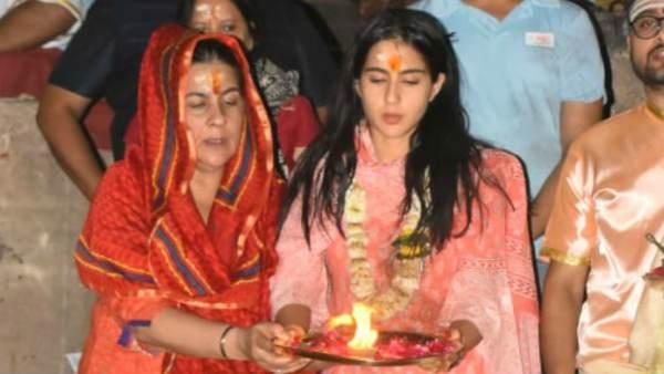 Sara Ali Khan's Varanasi Visit Upsets Local Pandits