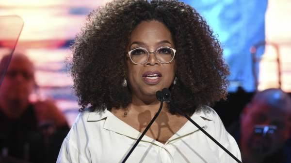 Oprah Winfrey Salms Fake Report That She Was Arrested For Sex Trafficking