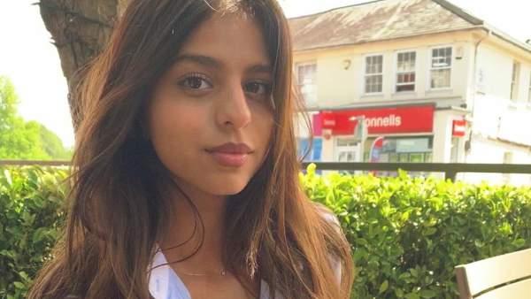 Shah Rukh Khan's Daughter Suhana Khan Makes Her Instagram Account Public