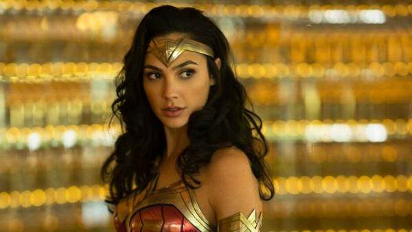 Gal Gadots Casting As Queen Cleopatra In Patty Jenkins Film Sparks Criticism