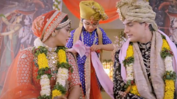 Mohsin Khan And Shivangi Joshi's Yeh Rishta Kya Kehlata Hai Is NOT Talking A Leap!