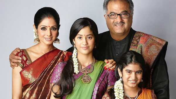 This Throwback Picture Of Sridevi And Boney Kapoor With Young Janhvi & Khushi Is Pure Gold
