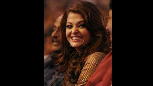 OUCH! When Aishwarya Rai Bachchan Was PUT DOWN By Simi Garewal And Shobha De Over Her 'Giggle'