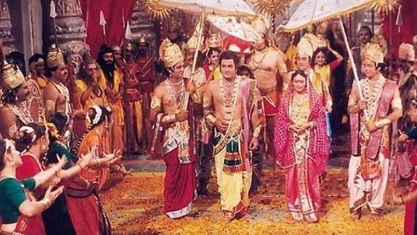 ALSO READ: Ramayan Fans Trend #AwardForRamayan, After Arun Govil Revealed That No Government Honoured Him