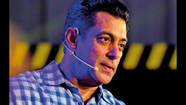 Salman Upset Over Not Being Able To Attend Nephew's Funeral!