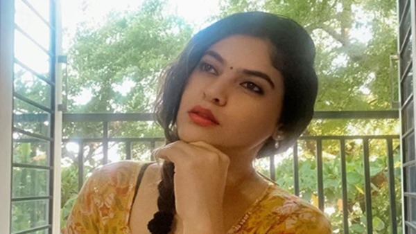 Bigg Boss Tamil Fame Sherin Lashes Out At A Troll Who Called Her Aunty