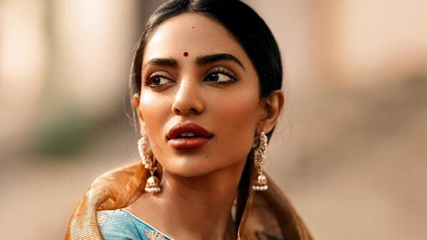 Sobhita Dhulipala Says Her Choices Have Been Experimental, Says She Didn't 'Explode' On The Scene