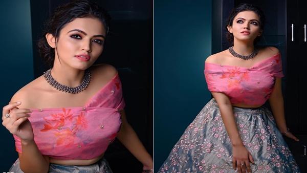 Aparna Das Beautiful Lehenga Is The Perfect Option For A Lockdown Bride