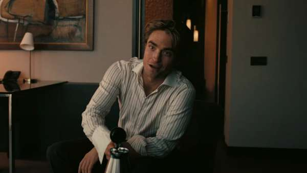 Robert Pattinson Asks, Time Travel Or Inversion?