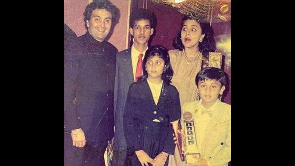 Don't Miss Neetu Kapoor's Priceless Expression