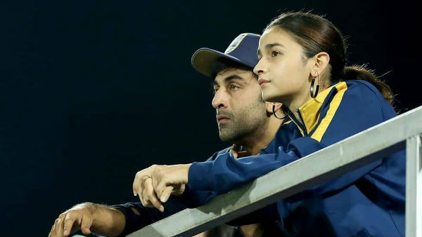 Alia & Ranbir Are All Together In This Rough Phase Of Their Lives