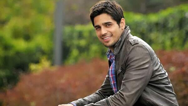 EXCLUSIVE: Sidharth Malhotra Transfers Money To Bollywood Dancers Out Of Work In Lockdown