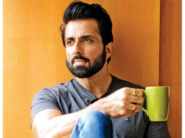 EXCLUSIVE: I Have No Interest In Joining Politics, Says Sonu Sood Silencing Rumours - Filmibeat