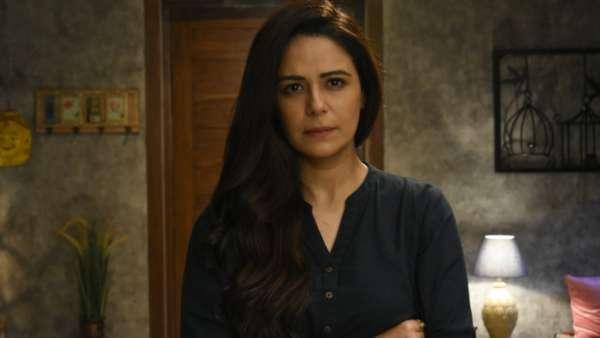 Mona Singh As Ananya Sharma