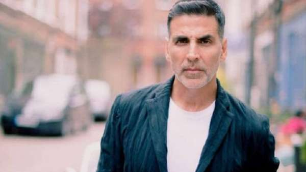 Akshay Rubbishes Claims Of Booking Charter Flight For Sister