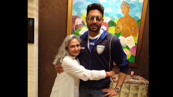 When Abhishek Shared Screen Space With Mom Jaya Bachchan For The First Time