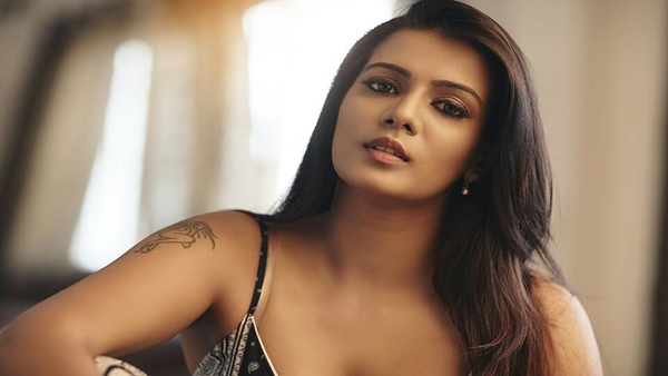 Oops! Meera Mitun Makes BIG Blunder In Tweet To Kerala CM; Twitterati Are Not In Mood To Spare Her