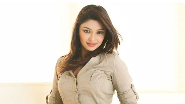 Payal Ghosh Comes In Support Of Jr NTR