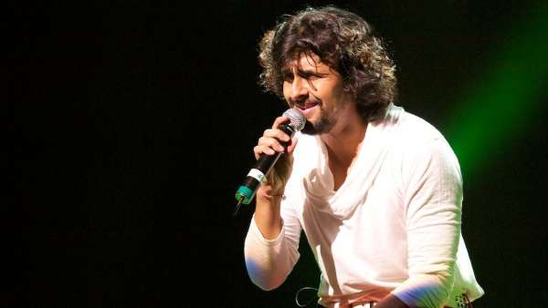 Sonu Nigam Vlogged About Current Situation In Music Industry