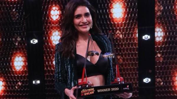 Also Read: Khatron Ke Khiladi 10: Fans Congratulate Karishma Tanna For Winning The Trophy & Creating History