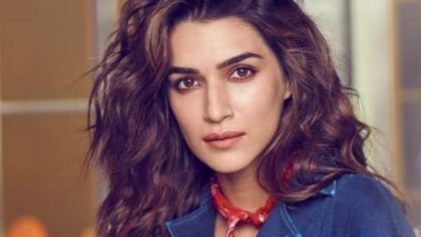 Kriti Sanon Posts Cryptic Message A Month After Sushant Singh Rajput's Death
