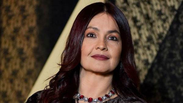 Pooja Bhatt Comes Out In Support Of Shaheen Bhatt As The Latter Receives Rape Threats!