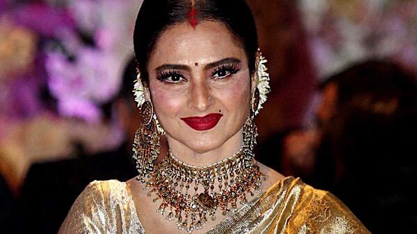 Report: Rekha's Mumbai Bungalow Sealed After Security Guard Tests Positive For COVID-19