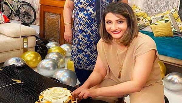 Urvashi Dholakia Celebrates Birthday With Her Twins; Anita Hassanandani & Neha Kakkar Shower Wishes!