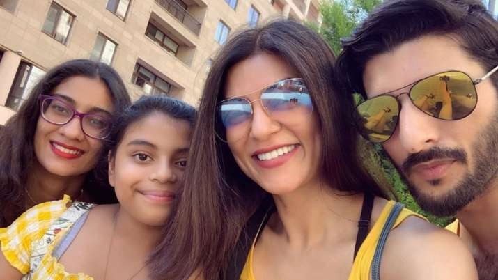 ALSO READ: Sushmita Sen Can't Stop Gushing Over BF Rohman Shawl As He Tutors Daughter Alisah