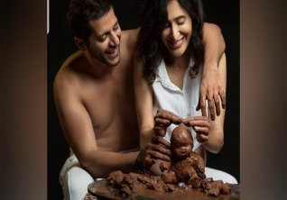 Karanvir Bohra Announces Wife Teejay Pregnancy With Cute Pics Calls It Best Birthday Gift Ever