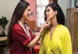 Masaba Masaba Web Series Review Masaba And Neena Gupta S Show Has Much Heart And Some Theatrics