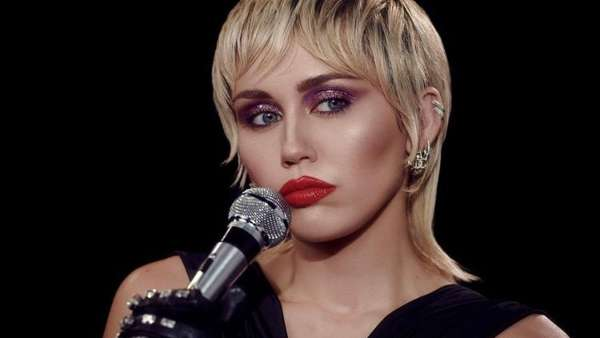 Miley Cyrus Drops Midnight Sky Single With A Self Directed Music Video