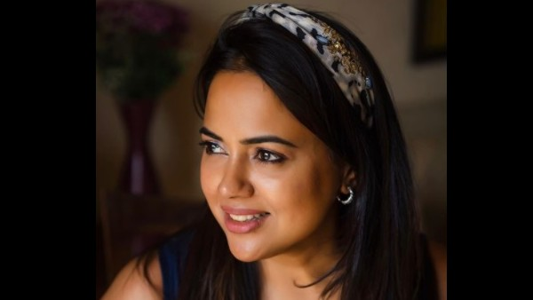 ALSO READ: Sameera Reddy Says She Was Told She Was Too Dark, Too Broad; 'I Had To Constantly Try And Fit In'