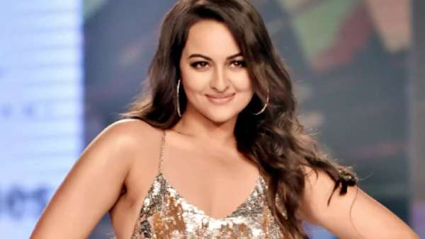 Sonakshi On Twitter Exit: I've One Less Social Media Account To Manage
