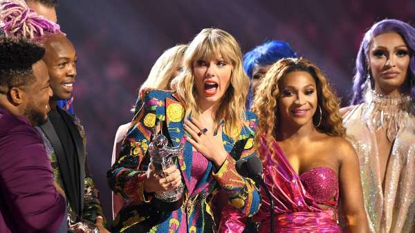 Video Music Awards To Skip Indoor Venue; Artists Will Perform Outdoors With No Audience