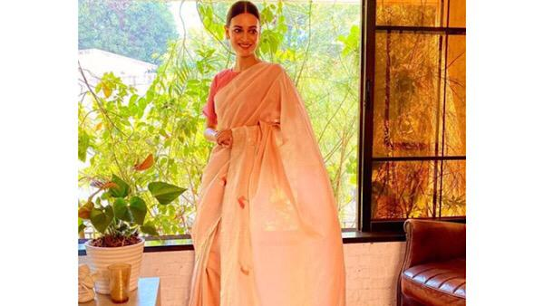 Dia Mirza Thinks There Is Nothing Like A Handloom Saree