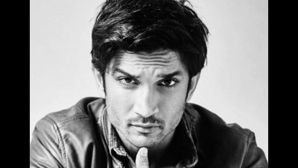 One Of The Chats Hint That Sushant's Family Was Worried That The Actor Might Be In Danger