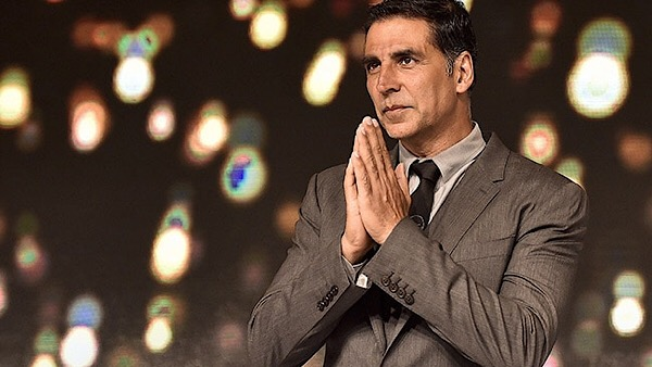 Assam CM Thanks Akshay For Contribution To Flood Relief