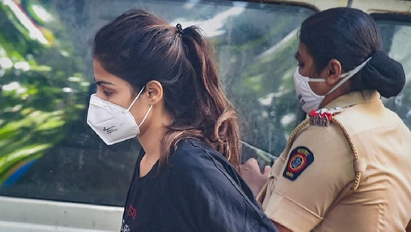 Rhea Chakraborty's Jail Cell Without Bed, Pillow Or Fan; Indrani Mukerjea Is Her Neighbour: Report