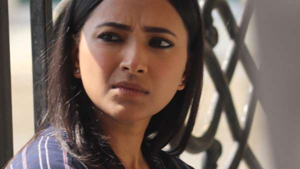 Shweta Basu On Hostages 2